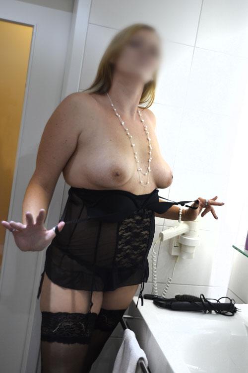 hugecock escort agency frankfurt